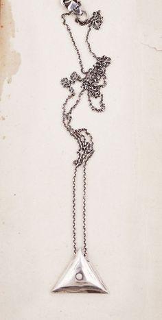 Talon Eye Of Eternity Opal Necklace