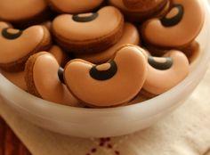 Black Eyed Pea Cookies from @SweetSugarBelle {Callye Alvarado}