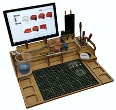 Hobby Workstation – Every Little War Tool Organization, Tool Storage, Rangement Art, Wood Projects, Woodworking Projects, Painting Station, Hobby Desk, Hobby Tools, Creation Deco