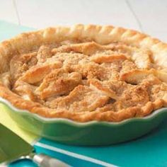 Pear Crumble Pie - great way to use the pears from an abundant pear harvest!