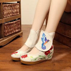 US Size 5-10 Women Casual Outdoor Boots Embroidery Floral National Wind Flat Short Boots