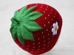 Strawberry Hat for Babys, cotton (red) ERDBEERMÜTZE, BAUMWOLLE,GR.48-52cm $17.50