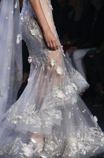 #Marchesa #NYFW #fashion #3DEmbroidery #ruffles #glitzy #glam #elegance #clear