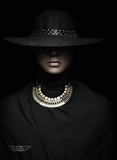 Where Professional Models Meet Model Photographers - ModelMayhem Jewelry Photography, Portrait Photography, Fashion Photography, Black And White Portraits, Black And White Photography, Keramik Design, Shotting Photo, Beauty And Fashion, Model Photographers