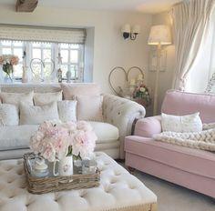 Big Living Rooms, Cottage Living Rooms, Elegant Living Room, Cottage Interiors, Home And Living, Living Spaces, Living Room Decor Fireplace, Shabby Chic Cottage, Rose Cottage