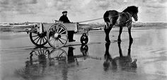 Strandjutten met paard en wagen...