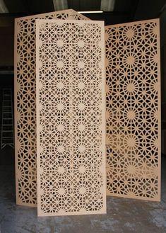 Prachtige Arabische wandpaneel voor in huis. Mooie en egale afwerking. Gemaakt van hoogwaardige houtsoort.