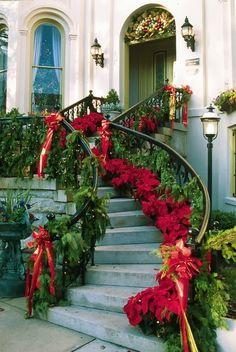 Beautiful! Granite Steps Inn, a #Savannah Christmas traditional exterior