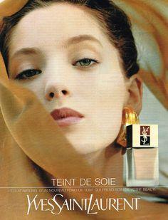 PUBLICITE ADVERTISING 054 1990 YVES SAINT LAURENT cosmétiques