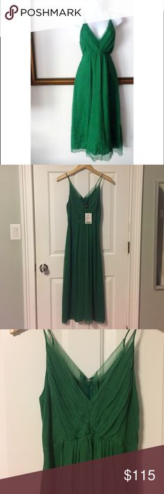 NEW Anthropologie Saja Green Dress Size 4 This is a NWT Anthropologie Saja green dress size 4. 100% silk. It has a zipper in the back for easy put on. Anthropologie Dresses Midi