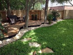 Curved deck - Traditional - Deck - austin