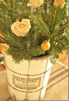 Roses and Pine. Love the vintage ice cream freezer bucket :) Pretty Christmas Trees, Simple Christmas, Christmas Ideas, Vintage Party, Vintage Decor, Vintage Ideas, Vintage Ice Cream, Birds And The Bees, Container Flowers