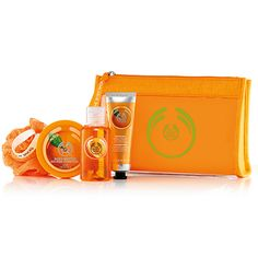 Make someone feel beautiful from head to toe. Filled with juicy satsuma scented treats, this sweet set makes for an ideal gift. Animal Testing, Hand Cream, The Body Shop, Body Butter, Shower Gel, How To Feel Beautiful, Gift Baskets, Bath And Body, Lunch Box