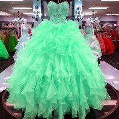 Ball Gowns Quinceanera Dresses Ruffles Skirt With Beading Sweetheart