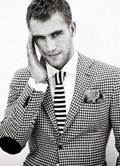 Black and white checkered suit and tie Fashion Casual, Look Fashion, Mens Fashion, White Fashion, Fashion Outfits, Fashion Design, Gentleman Mode, Gentleman Style, Sharp Dressed Man