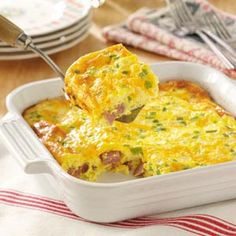 Oven Denver Omelet 8 eggs 1/2 C half and half - 4 oz. shredded cheddar cheese - 1 C finely chopped cooked ham - 1/4 C finely chopped green pepper - 1/4 C finely chopped onion. Whisk eggs and cream. Add rest of ingredients. Pour into 9-in sq. baking dish. Bake 400 degrees for 25 min.