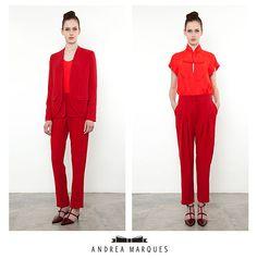 Andrea Marques  Inverno 2013 blazer vermelho calça pregas bourdaux Sapato salto baixo com lacinhos  ---- Body com laço Vermelho calça pregas bourdaux Sapato salto baixo com lacinhos