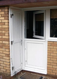 upvc stable doors Upvc Stable Doors, Garage Doors, Aluminium Windows And Doors, Stables, Interior, Outdoor Decor, Home Decor, Decoration Home, Horse Stables