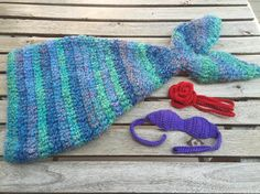Ariel inspired mermaid set!  After making this (and multiple other non-Amis for a large order) I've decided I don't really enjoy them  Just sticking to amigurumi (and maybe some bows) from now on  #crochet #mermaid #mermaidblanket #tail #handmade #crochetaddict #springbreak #etsy #etsyshop #amigurumi #crochettop #headband #maker #supporthandmade #shopsmall #smallshop by hooknstitchcrochet