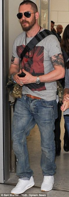 Tom Hardy is swarmed by fans as he touches down in Nice for the Cannes Film Festival | Daily Mail Online