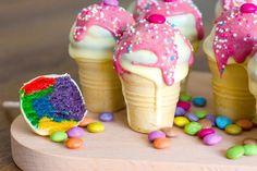Kinderkuchen: Kleine Cake-Pops Eisbecher. Echte Hingucker! 4 / 5 Sternen(8 Bewertungen)