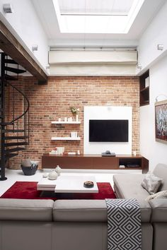 Loft in Montreal by Manon Bélanger