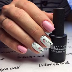 Medium nails, Nails ideas 2017, Nails trends 2017, Nails with tulips, Painted nail designs, Pale pink nails, Spring nail art, Spring nail ideas