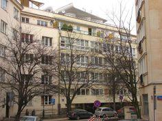 Residencial house at Aleja Przyjaciół in Warsaw, 1935, by architect Juliusz Żórawski.