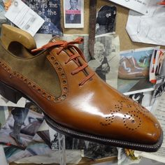 Into the @normanvi workshop. Bespoke oxford in two tones and two different brogues.