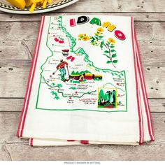 Idaho Map Souvenir Cotton Kitchen Dish Towel   Kitchen Linens   RetroPlanet.com Vintage style towel featuring reproduction art paying tribute to your favorite state. Made of 100% machine washable cotton, this high quality linen brings nostalgic regional style to any kitchen.