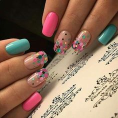 60 Polka Dot Nail Designs for the season that are classic yet chic Since Polka dot Pattern are extremely cute & trendy, here are some Polka dot Nail designs for the season. Get the best Polka dot nail art,tips & ideas here. Fancy Nails, Pink Nails, Cute Nails, Pretty Nails, Pretty Toes, Gorgeous Nails, Dot Nail Art, Polka Dot Nails, Polka Dots