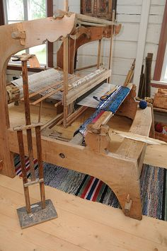 Kangaspuut / Loom by Suviko, via Flickr