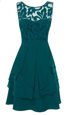 2233504627432035429645 Amazing green lace dress. I think id like it better in a different color though. :)