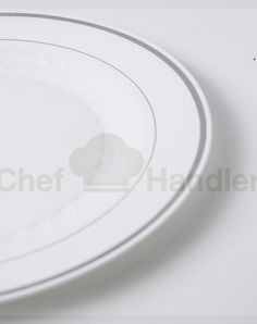 These plates are recyclable, making it easy, environmentally friendly cleanup.