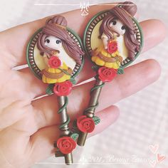 #polymerclay #handmade #socutebijoux #disney #doll #princess #fimo #cute #chibi #cameo #key #colors #thebeautyandthebeast #bronze #belle #bella #bijoux #kawaii #instabijoux #picoftheday #flowers #sculpey #fimoclay #handmadejewelry #hair #art #labellaelabestia #craft #disneycharacter #disneyprincess >> https://www.etsy.com/it/listing/514803334/collana-chibi-key-cute-disney-princess