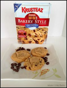 Makin' it Mo' Betta: National Chocolate Chip Cookie Day - Celebrating with a #GIVEAWAY! {#sponsored}