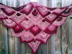 FAN shawl ( free pat