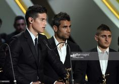 monacos-colombian-midfielder-james-rodriguez-delivers-a-speech-during-picture-id489722375 (1024×727)