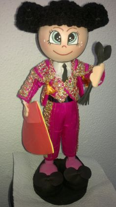 torero, Jesus , de maribel para un maletilla Foam Crafts, Arts And Crafts, Diy Crafts, Foam Sheets, Art Dolls, Minnie Mouse, Projects To Try, Barbie, Handmade