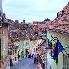 Sibiu, Romania ◦ ☛ @mateiana