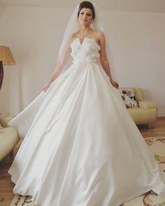 #weddingdresses #wedding #whitedresses #white #corsetdresses #princesslikeweddingdress
