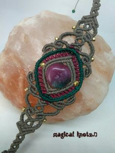 Macrame bracelet with watermelon agate and bronze beads