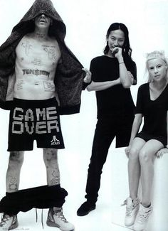 Alexander Wang is officially a part of pop culture! Rap-rave group Die Antwoord, who fronted his spring campaign for T, give the designer two shout-outs on their latest album. Die Antwoord, Yolandi Visser, Le Freak, Influential People, Latest Albums, Elle Magazine, Cute Anime Couples, Black White Photos, Celebs