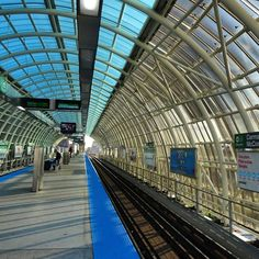 """--- sunny day in #Chicago --- #instalike #instagram #inspiration #instagood #cta #transport #insta_chicago #fall #weekend #Beautiful #amazing #Чикаго…"""