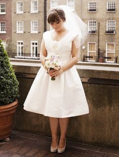 The Ultimate Guide to Bridal Veils: The Fly-Away Veil | Bridal Musings Wedding Blog