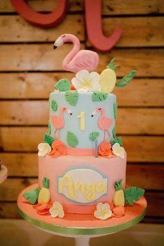 Flamingo Cake from a Tropical Flamingo Birthday Party on Kara's Party Ideas Flamingo Party, Flamingo Cupcakes, Flamingo Birthday, Luau Birthday, First Birthday Cakes, Birthday Cake Girls, Birthday Parties, Birthday Ideas, Baby Cakes