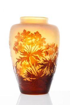 Emile Gallé (1846-1904) - Vase Gallé - Vase ovoïde, fond blanc orange à décor [...], Art Nouveau, Tableaux modernes et contemporains, Street Art, Design à 4 - Auction   Auction.fr