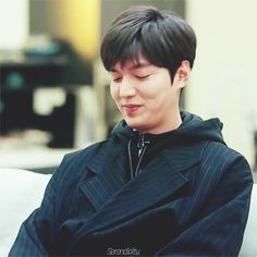 Lee Min Ho as Heo Jun Jae, Legend of the Blue Sea. (gif)