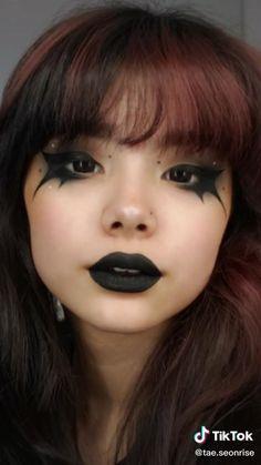 Punk Makeup, Grunge Makeup, Gothic Makeup, Eye Makeup Art, No Eyeliner Makeup, Makeup Inspo, Alternative Makeup, Creative Makeup Looks, Maquillage Halloween