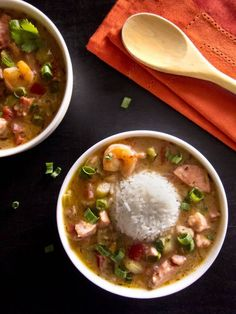11 Recipes to Feed Large Family Gatherings – SheKnows Panang Curry Paste, Louisiana Gumbo, Asian Recipes, Ethnic Recipes, Feeding A Crowd, Pressure Cooker Recipes, Low Carb Recipes, Instant Pot, Food To Make
